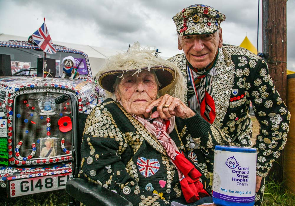 Pearly Kings and Queens of St Pancras. Great Ormond Street Childrens Hospital. Mary with Alf Dole.